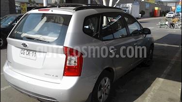 Kia Carens  2.0L LX Aut Ac usado (2010) color Plata precio $6.900.000