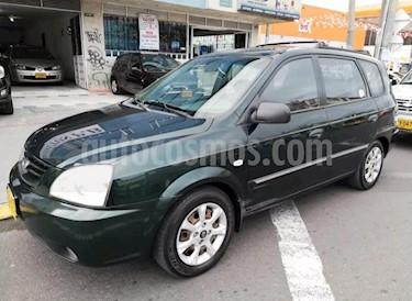 Foto venta Carro usado KIA Carens 2.0L (2005) color Verde precio $16.900.000