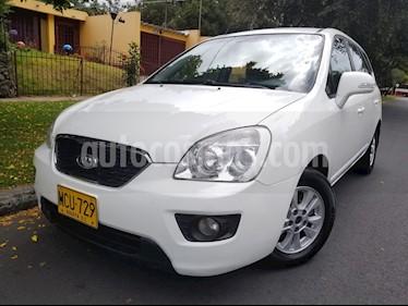 Foto venta Carro Usado KIA Carens 2.0L (2013) color Blanco precio $34.900.000