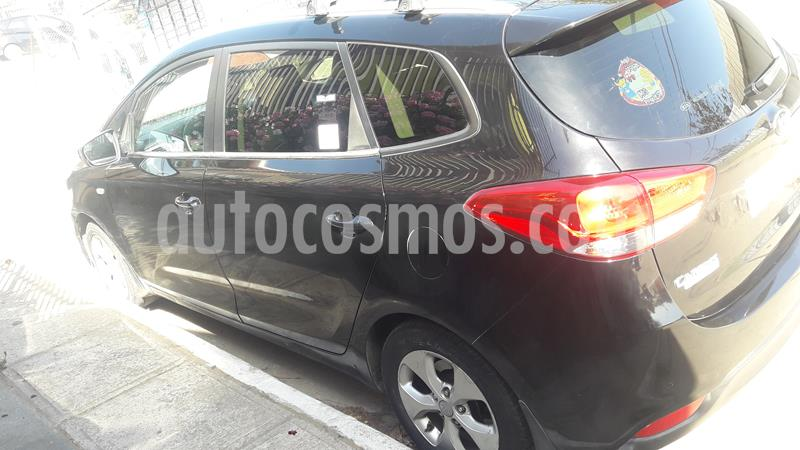 Kia Carens  2.0L EX 7 Pas  usado (2016) color Negro Cereza precio $9.000.000