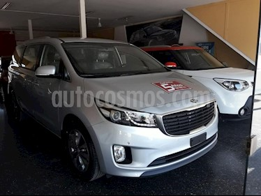 Foto venta Auto usado KIA Carnival EX 2.2 CRDi Aut Premium (2019) color Gris Claro precio $2.790.000