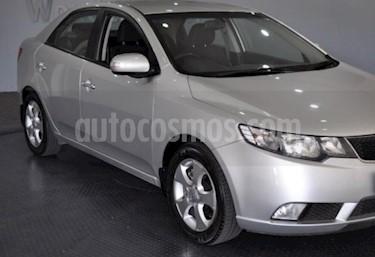 Foto venta Auto usado Kia Cerato Forte 1.6 Full (2010) color Plata precio u$s13.800