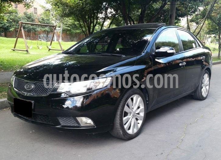 foto KIA Cerato Forte 2.0L Aut usado (2011) color Negro precio $20.000.000