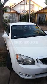 Kia Cerato Hatchback  EX 1.6L  usado (2005) color Blanco precio $3.500.000