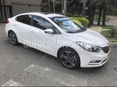 KIA Cerato Pro 2G 1.6L Plus Aut usado (2015) color Blanco precio $49.800.000