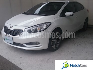 Foto venta Carro usado KIA Cerato Pro 1.6L  (2016) color Blanco precio $47.490.000
