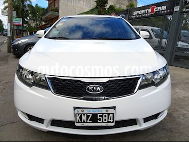 Foto venta Auto usado KIA Cerato - (2011) color Blanco precio $320.000