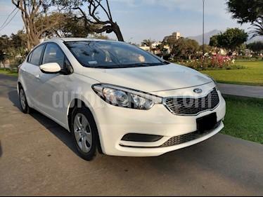 Foto venta Auto usado KIA Cerato 1.6 L (2015) color Blanco precio u$s12,000