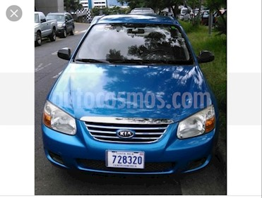 Foto venta carro usado Kia Cerato 1.6L Aut (2007) color Azul precio u$s1.700