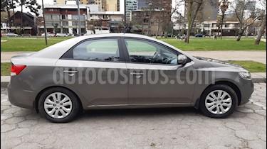 Kia Cerato 1.6L EX Full usado (2012) color Plata precio $5.100.000
