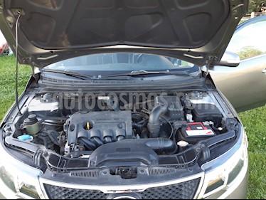 Kia Cerato EX 1.6L 6MT AC ABS usado (2011) color Gris Metalico precio $5.400.000