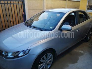 Kia Cerato 1.6L SX AC ABS Aut  usado (2010) color Gris precio $4.900.000