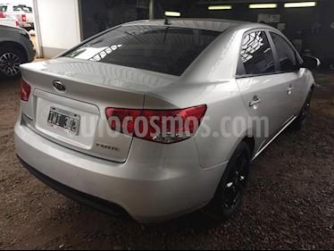 Foto venta Auto Usado KIA Cerato Forte EX 2.0 Full (2018) color Gris Plata  precio $270.000