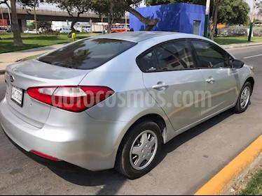 KIA Cerato 2.0 EX Aut Plus usado (2015) color Plata precio u$s5,500
