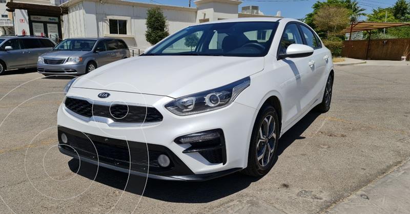 Foto Kia Forte Sedan LX usado (2020) color Blanco precio $279,900