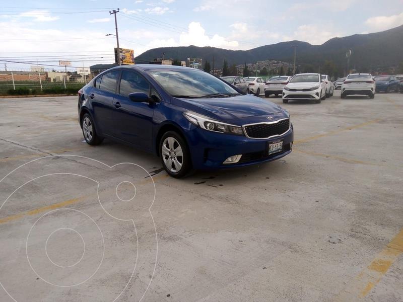 Foto Kia Forte Sedan 2.0L LX usado (2018) color Azul precio $251,900