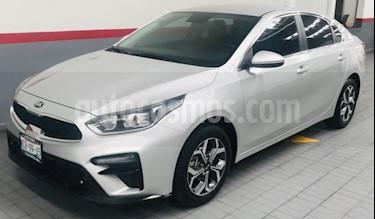 Foto venta Auto usado Kia Forte 4p EX L4/2.0 Aut (2019) color Plata precio $299,000