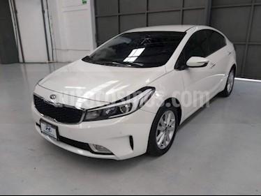 Foto venta Auto usado Kia Forte 4p EX L4/2.0 Aut (2018) color Blanco precio $255,000