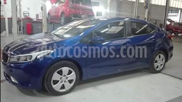 Foto venta Auto usado Kia Forte EX Aut (2017) color Azul precio $208,000
