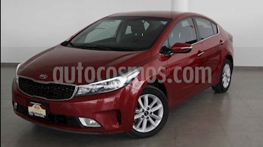 Foto venta Auto usado Kia Forte EX Aut (2018) color Rojo precio $238,000