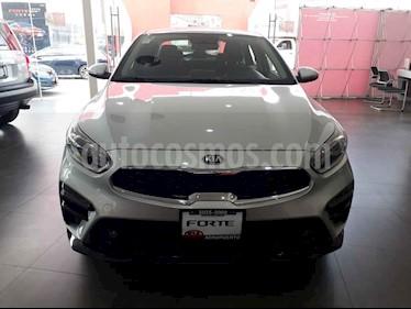 Foto venta Auto usado Kia Forte EX Aut (2019) color Plata precio $299,000