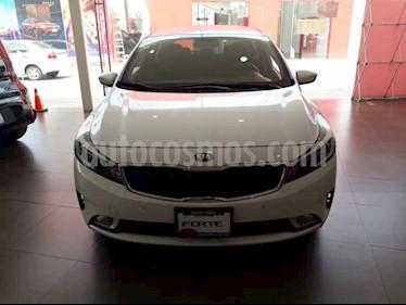 Foto venta Auto usado Kia Forte EX Aut (2018) color Blanco precio $254,000