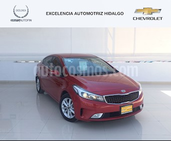 Foto venta Auto usado Kia Forte EX Aut (2017) color Rojo precio $260,000