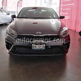 Foto venta Auto usado Kia Forte EX Aut (2019) color Gris precio $289,000
