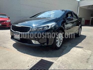 Foto venta Auto usado Kia Forte EX Aut (2017) color Negro precio $229,000