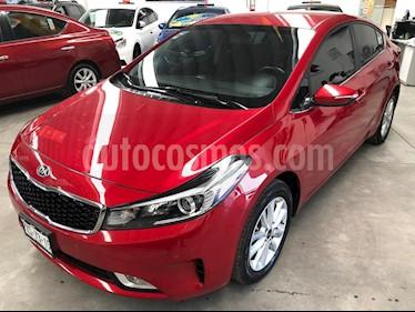 Foto venta Auto usado Kia Forte EX (2018) color Rojo precio $245,000