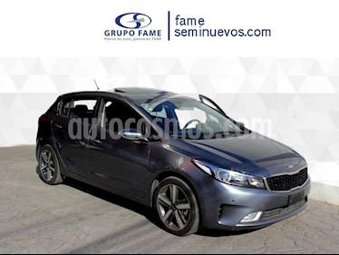 Foto venta Auto usado Kia Forte HB SX (2018) color Gris Metalico precio $280,000