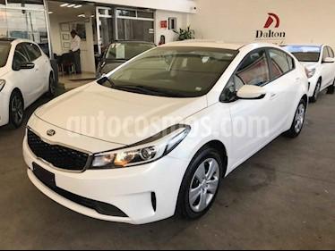 Foto venta Auto usado Kia Forte L Aut (2018) color Blanco precio $209,000
