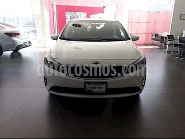 Foto venta Auto usado Kia Forte L (2018) color Blanco precio $214,000