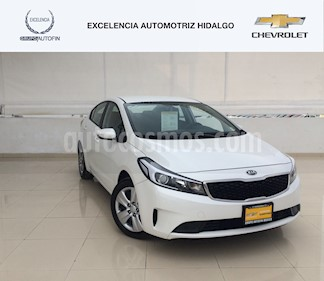 Foto venta Auto usado Kia Forte L (2017) color Blanco Perla precio $210,000