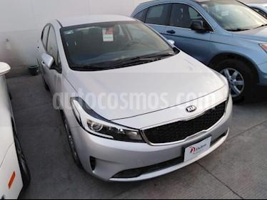 Foto venta Auto Seminuevo Kia Forte L (2018) color Plata precio $209,000