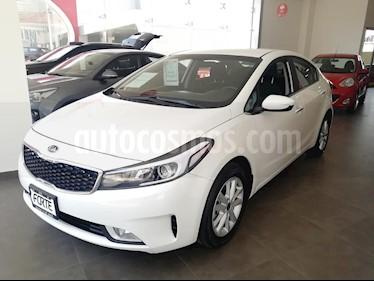 Foto venta Auto usado Kia Forte LX Aut (2018) color Blanco precio $280,000