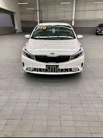 Foto venta Auto usado Kia Forte LX Aut (2018) color Blanco precio $277,000