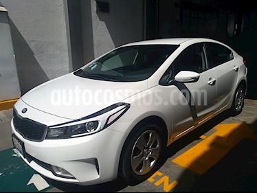 Foto venta Auto usado Kia Forte LX Aut (2018) color Blanco Perla precio $229,000
