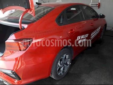 Foto venta Auto usado Kia Forte LX (2019) color Rojo precio $282,055