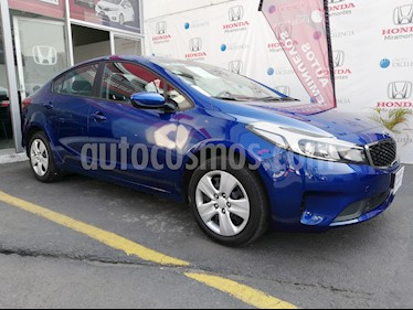 Foto venta Auto usado Kia Forte LX (2017) color Azul Celeste precio $185,000