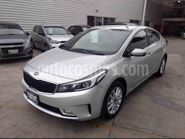 Foto venta Auto usado Kia Forte LX (2018) color Plata precio $235,000