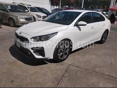 Foto venta Auto usado Kia Forte LX (2019) color Blanco precio $280,000