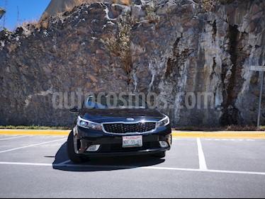 Kia Forte LX usado (2018) color Negro precio $235,000