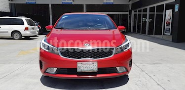 Kia Forte LX usado (2018) color Rojo precio $207,900