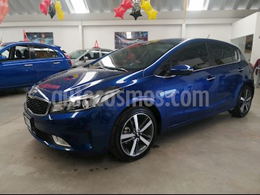 Kia Forte SX Aut usado (2018) color Azul precio $259,000