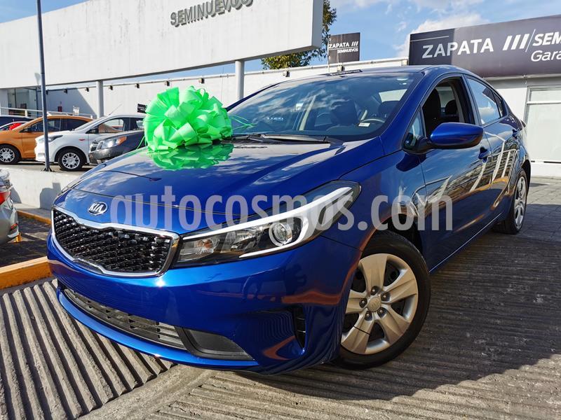 Foto Kia Forte L usado (2018) color Azul Celeste precio $200,000