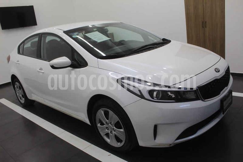Kia Forte SX Aut usado (2018) color Blanco precio $210,000