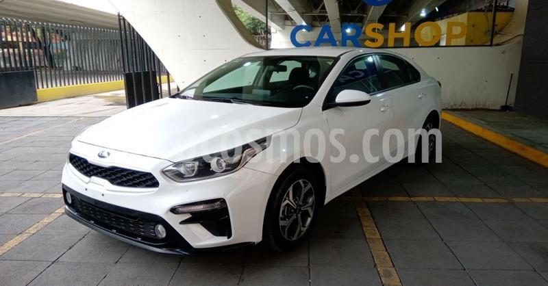 Kia Forte LX usado (2020) color Blanco precio $284,900