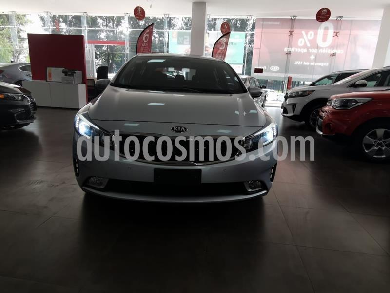Kia Forte HB SX usado (2017) color Plata Dorado precio $225,000