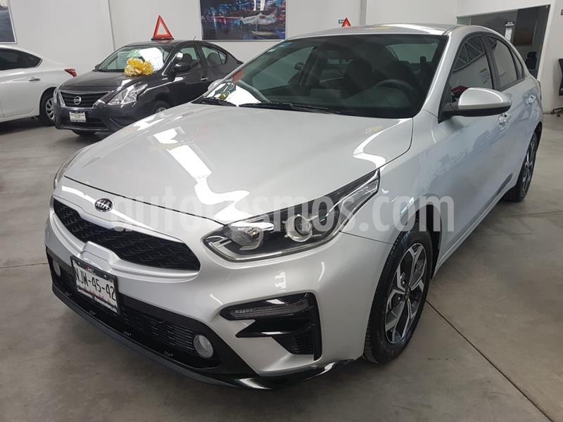 Kia Forte LX usado (2020) color Plata precio $275,000
